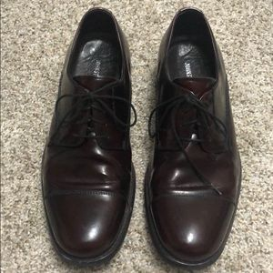 Atchison cap toe oxford men's  shoe 9.5 perfect!!